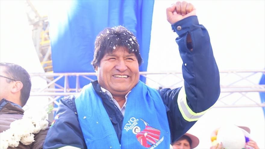 El presidente de Bolivia, Evo Morales, en un acto de inauguración de una fábrica de cemento en su país, 3 de agosto de 2019. (Foto: ABI)