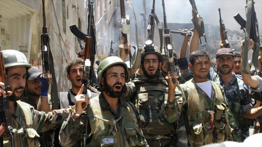 Soldados sirios en Damasco, la capital.