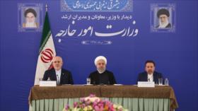 Rohani aprecia esfuerzos del canciller Zarif a favor de Irán