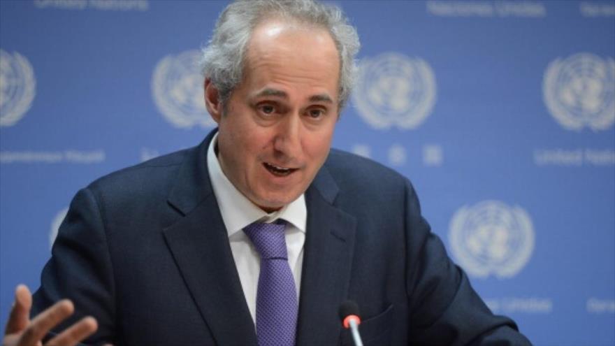 El portavoz de la Organización de las Naciones Unidas, Stephane Dujarric, habla ante la prensa.