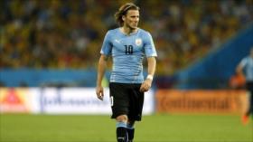 Delantero uruguayo Forlán cuelga las botas tras 21 años de carrera