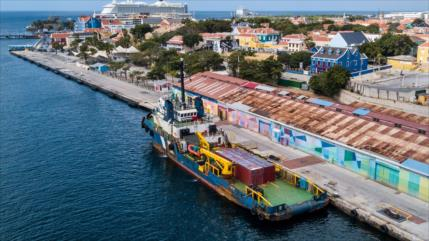 Venezuela denuncia retención de barco comercial por bloqueo de EEUU