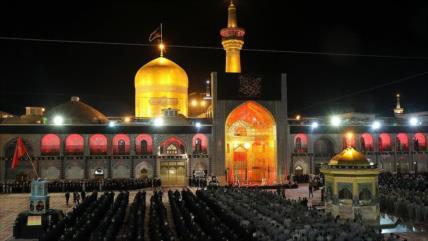 Pueblo iraní está de luto por aniversario de su quinto Imam (P)
