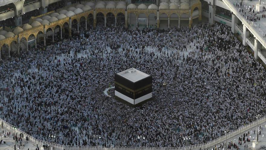 Comienza la peregrinación anual de los musulmanes en La Meca | HISPANTV