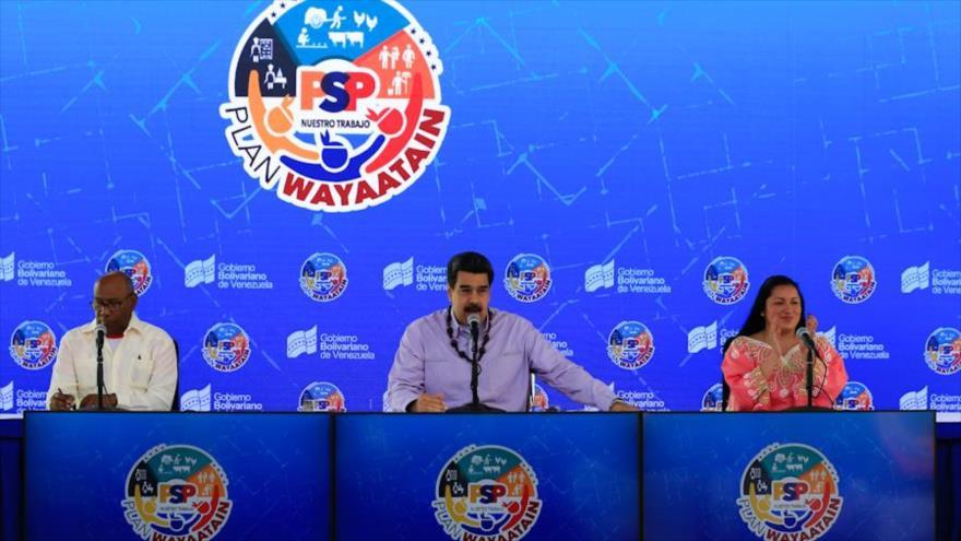 Maduro: EEUU se autoengaña si cree que puede con los venezolanos | HISPANTV