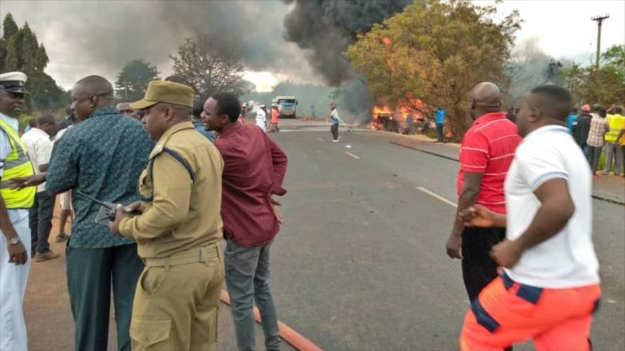 Explosión de camión cisterna deja 50 muertos en Tanzania