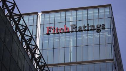Fitch eleva la calificación de Rusia del nivel 'BBB-' al 'BBB'