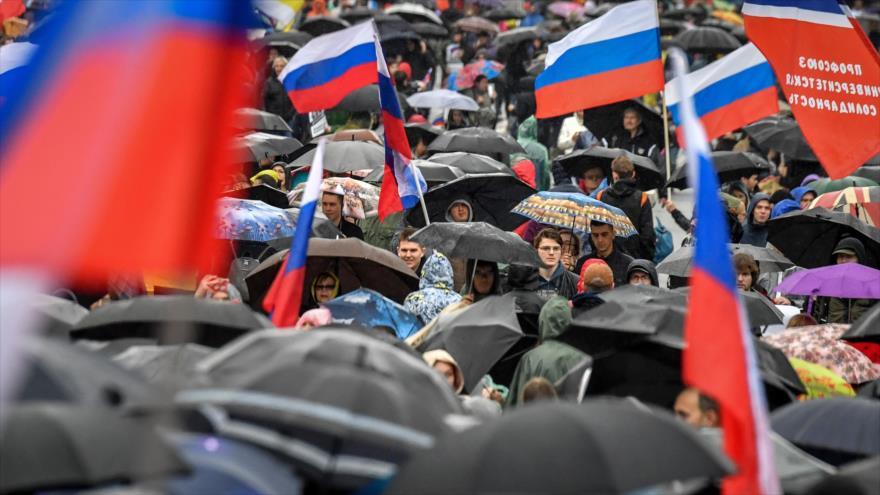 Manifestantes rusos reclaman en una protesta comicios parlamentarios, Moscú, 10 de agosto de 2019. (Foto: AFP)