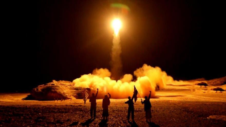 Yemen lanza 4 misiles contra blancos militares en Arabia Saudí | HISPANTV