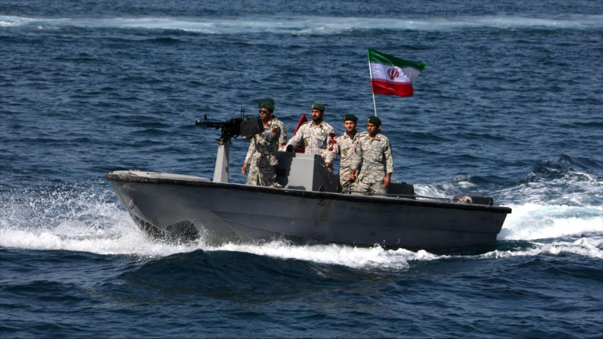 Las fuerzas iraníes en el estrecho de Ormuz, situado en elGolfo Pérsico, 30 de abril de 2019. (Foto: AFP)