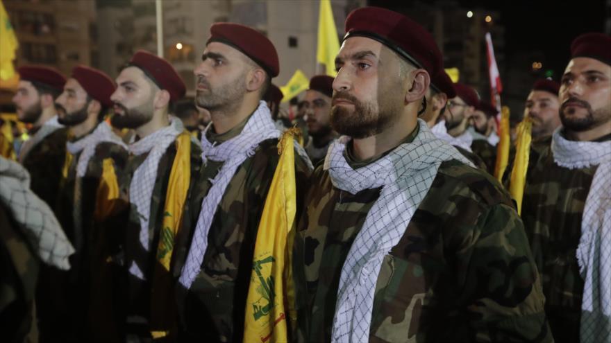 Combatientes del Movimiento de Resistencia Islámica de El Líbano (Hezbolá), reunidos en Beirut (capital libanesa), 31 de mayo de 2019. (Foto: AFP)