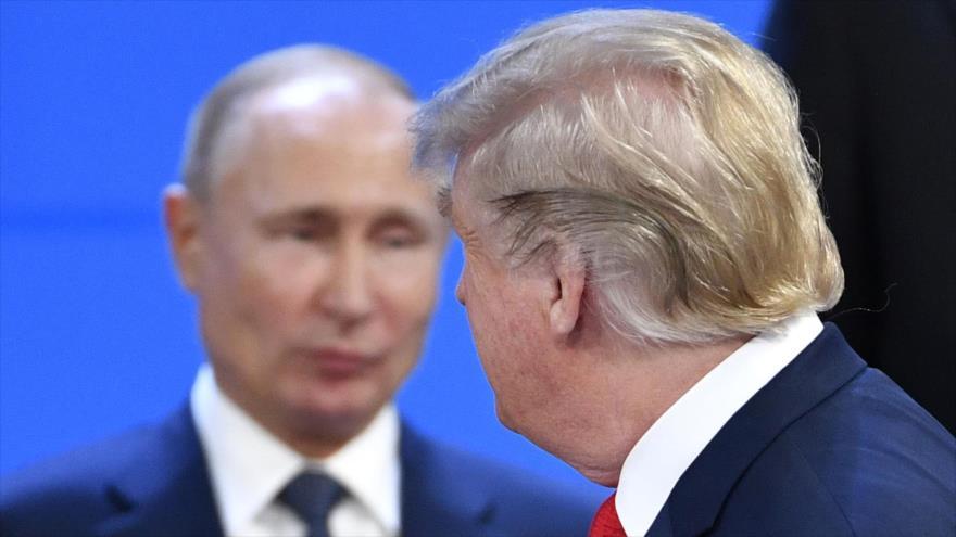 El presidente de EE.UU., Donald Trump (dcha.), junto a su homólogo ruso, Vladímir Putin, en Buenos Aires (Argentina), 30 de noviembre de 2018. (Foto: AFP)