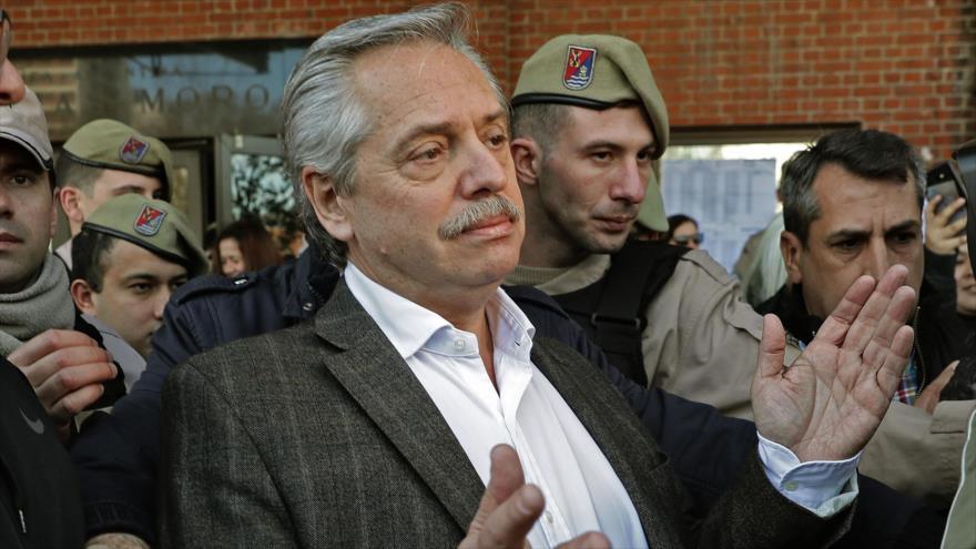 """Rival electoral de Macri llama a Bolsonaro """"racista y misógino"""""""