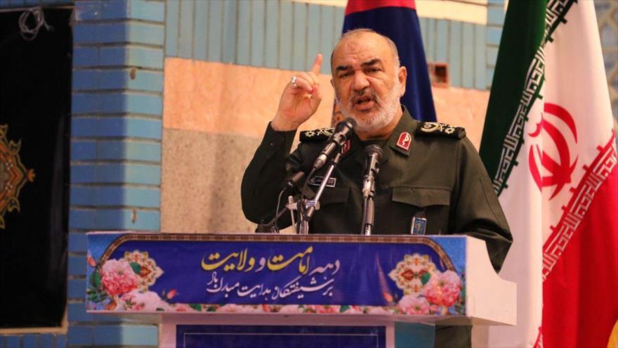 El comandante en jefe del CGRI de Irán, el general de división Hosein Salami, habla en un acto público en la ciudad iraní de Orumiyeh, 14 de agosto de 2019.