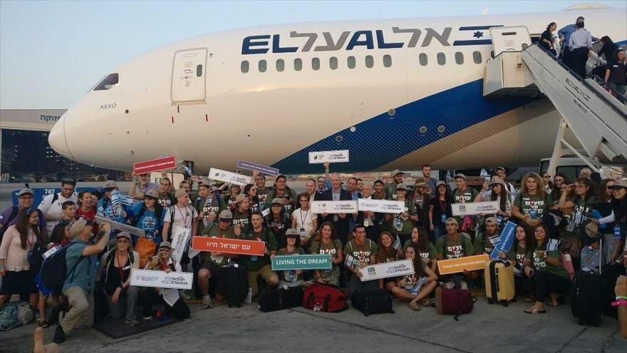 Un grupo de inmigrantes norteamericanos en el Aeropuerto Ben Gurión, en la ciudad de Tel Aviv, 14 de agosto de 2019.