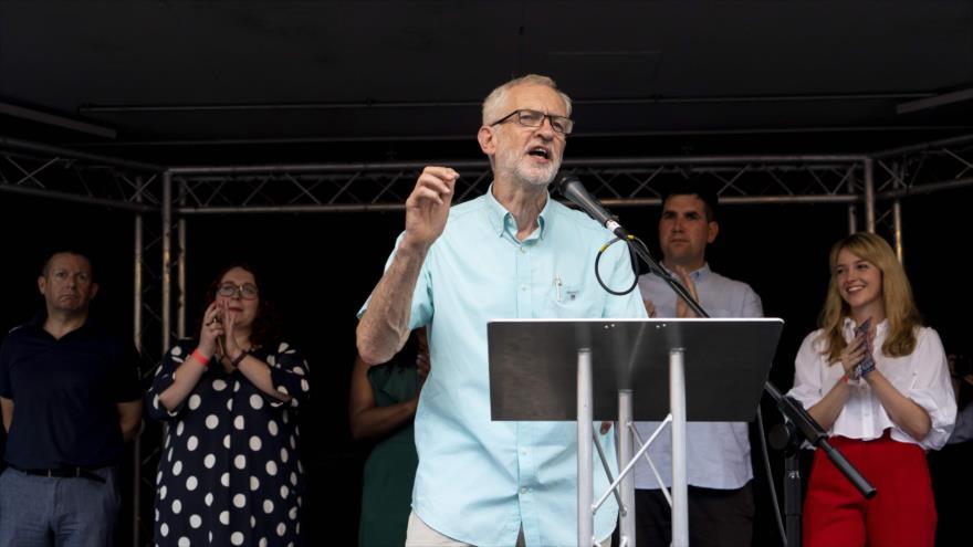Corbyn pide respaldo para echar a Johnson y evitar un Brexit duro | HISPANTV
