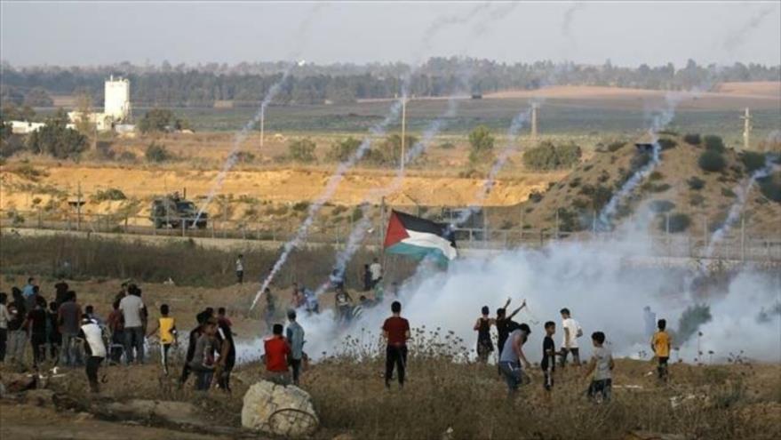 Palestinos protestan en otra jornada más de las Marchas del Retorno en la Franja de Gaza, 16 de agosto de 2019. (Foto: AFP)
