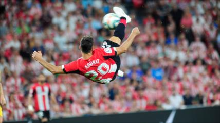 Athletic gana a Barça con golazo de 'tijera' anotado por Aduriz