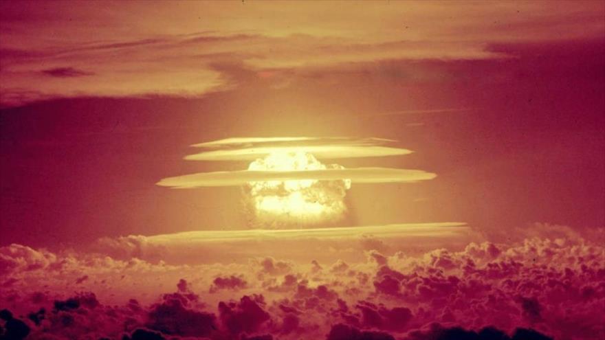 Imagen de una de las pruebas nucleares llevadas a cabo por Estados Unidos, 1 de marzo de 1954.