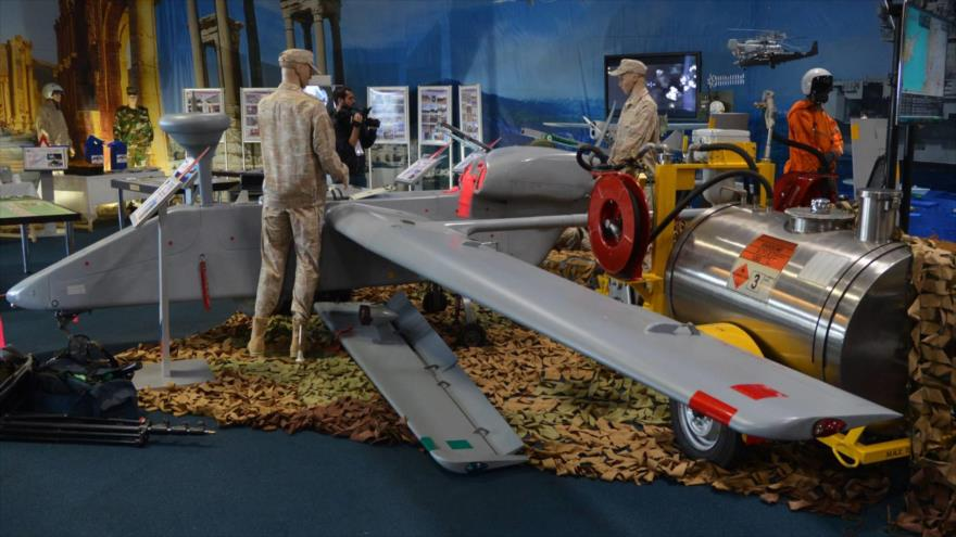 Un avión no tripulado (dron) de reconocimiento Forpost, en una exhibición militar en Rusia.