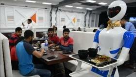"""""""Restaurante Robot"""" abre las puertas en La India"""