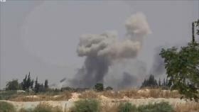 Vídeo: Aviones sirios bombardean blancos terroristas en Idlib