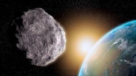 Un asteroide a una velocidad de 44 000 km se acerca a la Tierra