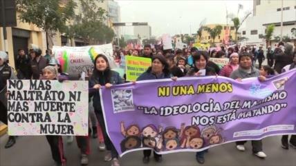 Marcha #NiUnaMenos en Perú contra la violencia de género