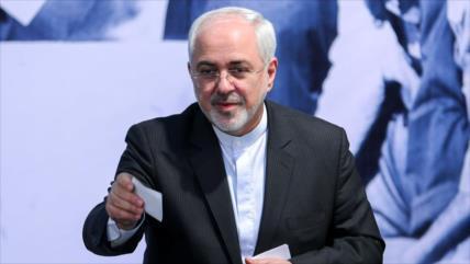 Zarif a Hook: Estudie archivos de EEUU sobre golpe de 1953 en Irán