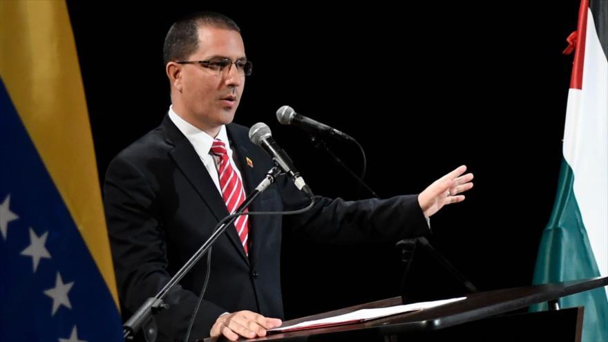 El canciller venezolano, Jorge Arreaza, durante una reunión en Caracas, capital de Venezuela, 20 de agosto de 2019. (Foto: AFP)
