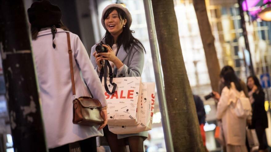 Dos turistas chinas en Estados Unidos.
