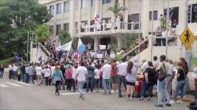 Panameños protestan contra la impunidad de corruptos ante la CSJ