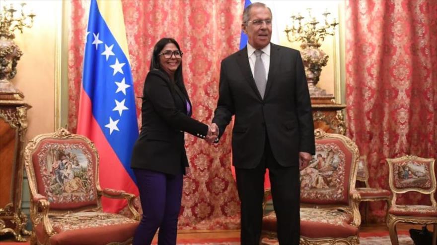 Rodríguez transmite un mensaje de agradecimiento de Maduro a Putin