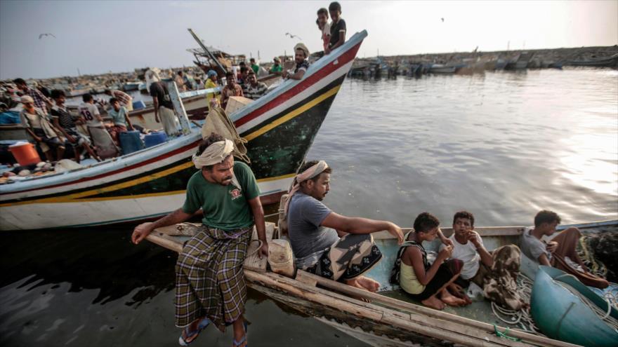 HRW: Ataques de Riad contra pescadores yemeníes son crimen de guerra