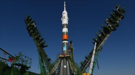 Rusia envía por primera vez un robot humanoide al espacio