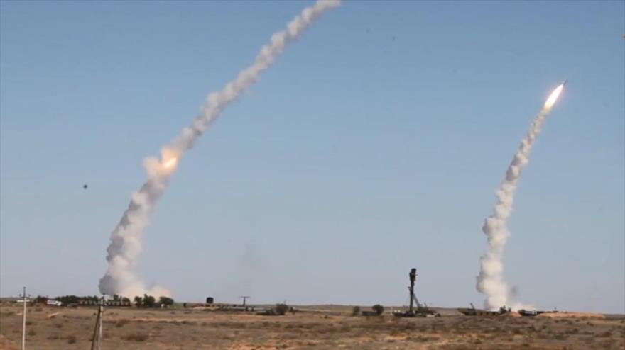 Vídeo: Vean cómo los S-300 rusos repelen ataque masivo con misiles