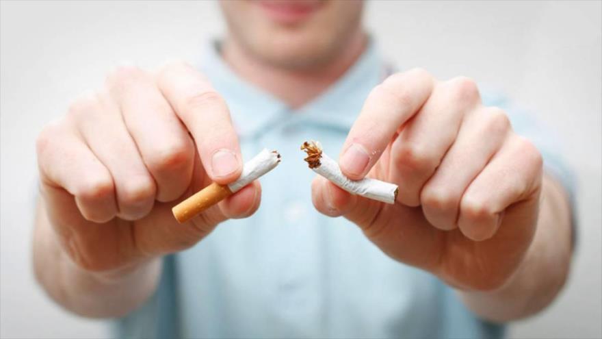 Un estudio revela que el cuerpo necesita al menos 5 años para limpiarse cuando una persona deja de fumar.