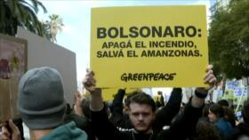 Escalan las presiones a Bolsonaro por incendios en el Amazonas