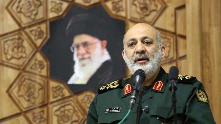 El viceministro de Defensa de Irán, Qasem Taqizade, habla durante un acto en Teherán, la capital persa.(Foto: IRNA)