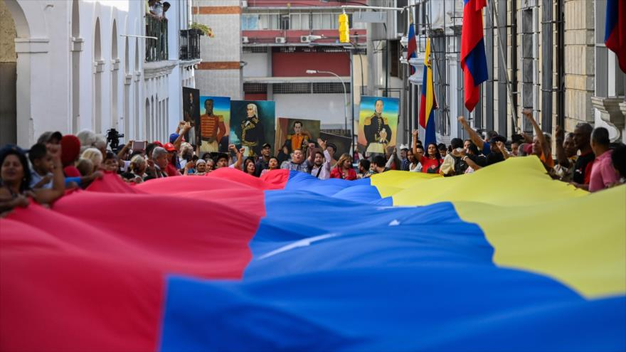 Vídeo: venezolanos vuelven a las calles contra sanciones de EEUU