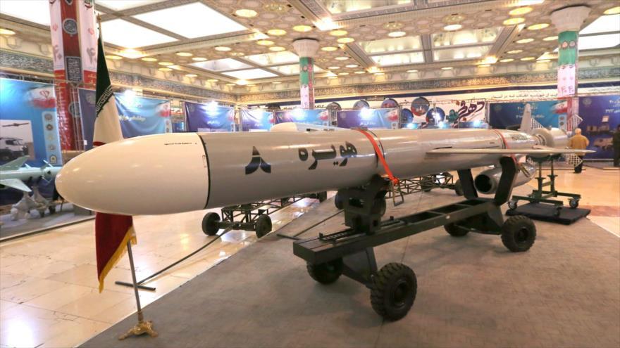 Irán reitera a Macron que su programa de misiles es innegociable