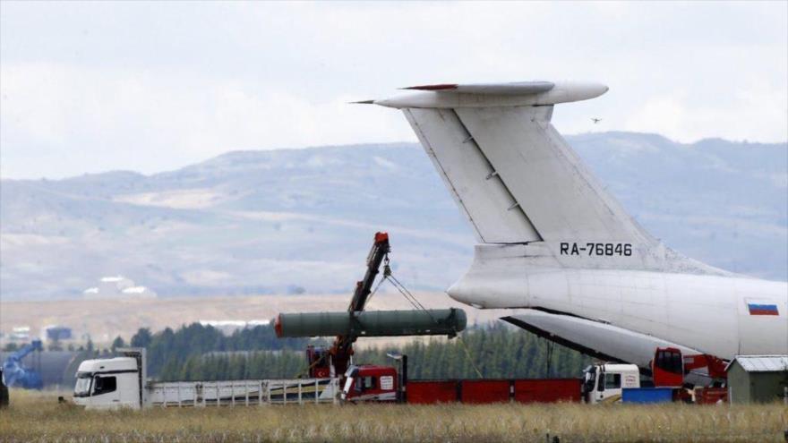 Turquía recibe segundo lote de S-400 ruso pese a amenazas de EEUU | HISPANTV
