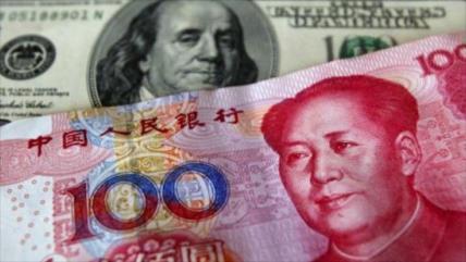 China devalúa una vez más su moneda nacional frente al dólar
