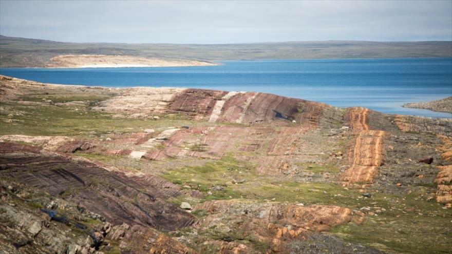 Rocas de las islas Belcher en la bahía de Hudson, Canadá, de las cuales recolectaron muestras de barita que datan de casi 2000 millones de años.