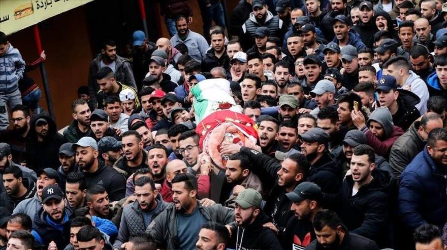 Funeral de un joven palestino asesinado por las fuerzas israelíes en las marchas en la Franja de Gaza, 31 de agosto de 2019. (Foto: Paltoday)