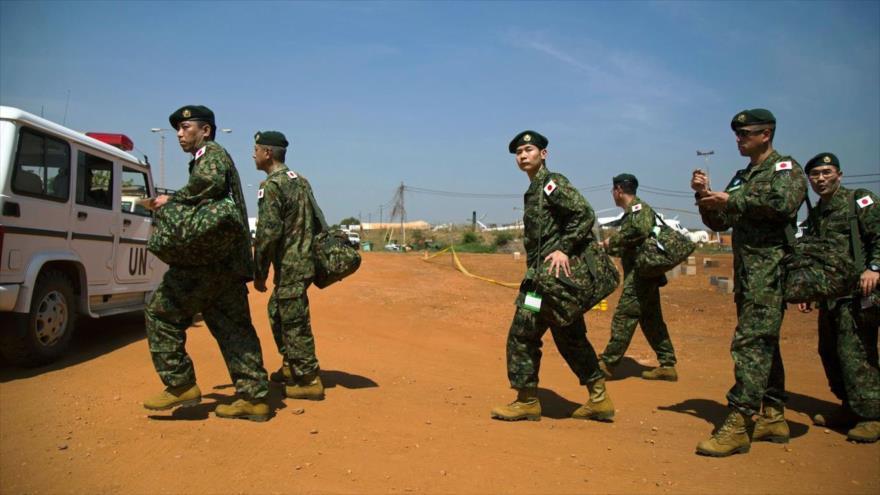 Soldados del Ejército japonés llegan a un complejo de la misión de mantenimiento Juba, Sudán del Sur. (Foto: AFP)