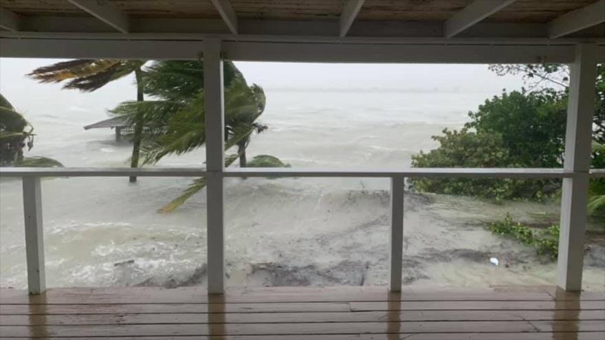 Huracán Dorian deja a su paso cinco muertos en Bahamas