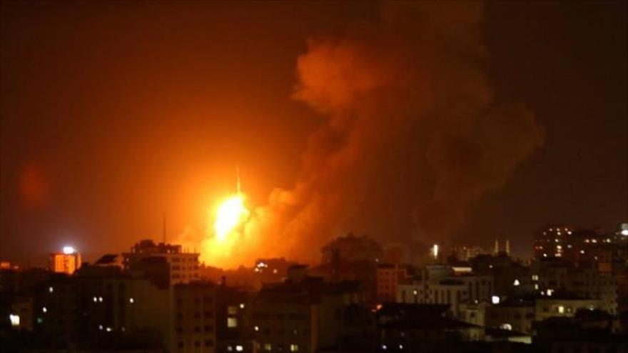 Artillería y aviones israelíes bombardean la Franja de Gaza | HISPANTV
