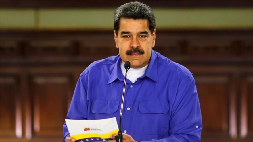 Maduro detiene diálogos con la oposición por traición de Guaidó
