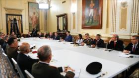 Maduro convoca al Consejo de Defensa ante la amenaza de Colombia